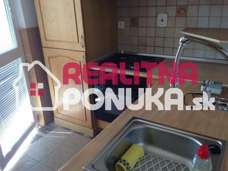 Predáme kompletne zrekonštruovaný 1i. byt na Černyševského ulici,Petržalka