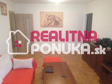 Prenájom 3 izbového bytu   Ulica Budysinska / Nové Mesto - Polus