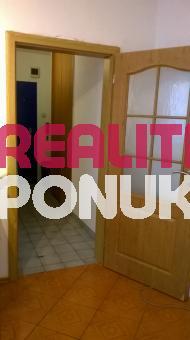 Predáme 2i. byt v Dúbravke, Cabanova ul.