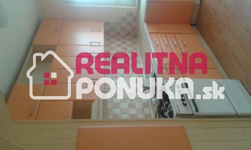 Predám 3 izbový byt v ZH, Hviezdoslavova