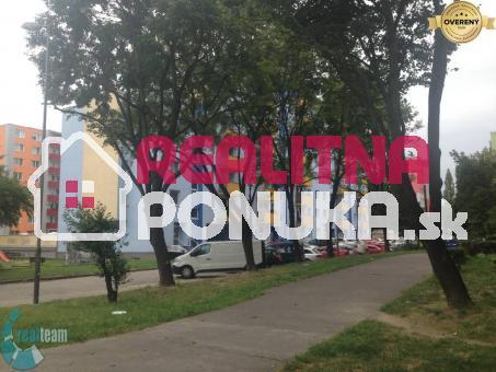 NA PRENÁJOM garsonka v Ružinove / Jašíková ul. / 370€ vrátane energií