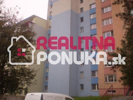 Prenájom 4 izbový byt v Novostavbe  Ulica Saratovska / Dúbravka