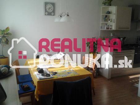 3 izbový byt  17 r. NOVOSTAVBA !   Ulica Arménska  / Vrakuňa 139.000 € Dohoda