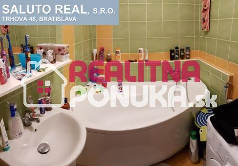 Predaj 3 izb. byt I. Bukovčana, Devínska Nová Ves.