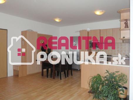 2 izbový byt  Ulica Rustaveliho  / Rača 550 € V.Ener. !