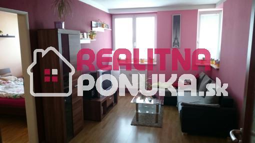 Dám do dlhodobého prenájmu pekný, zariadený 2 izb. byt vo Vrakuni