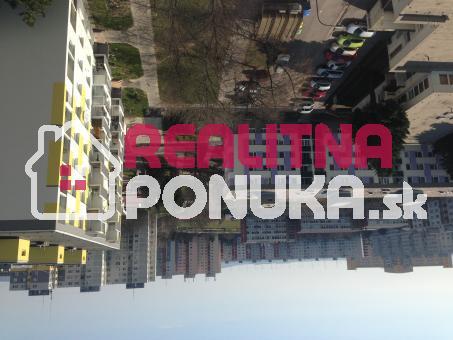 Prenájom 1 izbového bytu  Ulica Medveďova / Petržalka 430 € V.Ener.