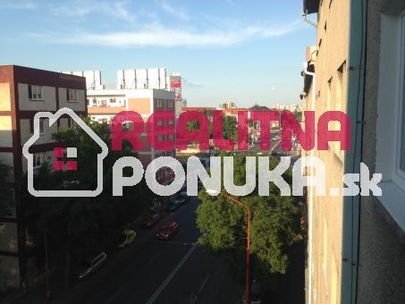 Prenájom  2 izbového  bytu  Ulica Guothova  /  Kramáre 480 € V.Ener.