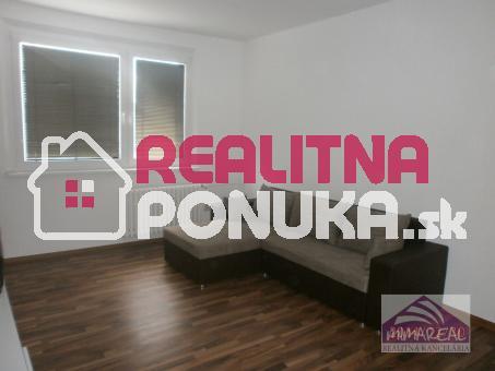 V PONUKE IBA U NÁS! Na prenájom 1-izbový byt, nanovo zrekonštruovaný a moderne zariadený byt v