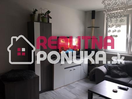 BA - PODUNAJSKÉ BISKUPICE - Predáme krásny 1 izbový byt (prerobený na  2 izbový) na Dudvážsk