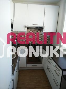 Prenájom 2 izbového bytu   Ulica Kpt. Rašu / Dúbravka 530€ V.Ener.