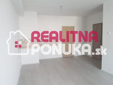 Predaj KRÁSNU 2 garsónky na Stavbárskej ulici vo Vrakuňi